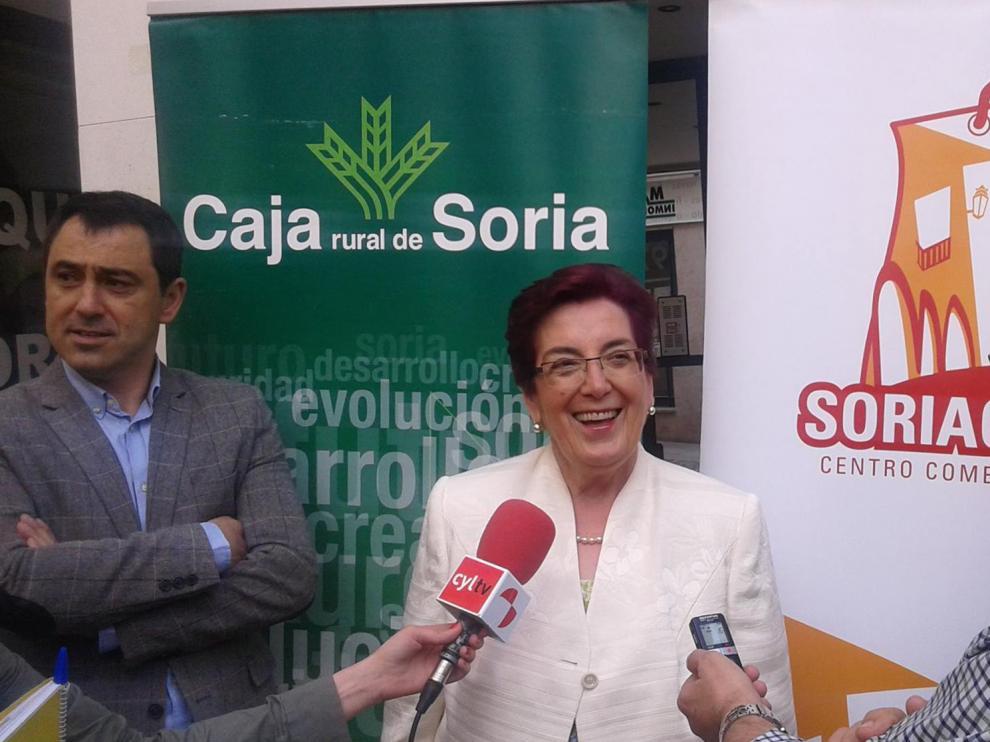 Ángela Santos, en la entrega del cheque de esta séptima edición del Eurocentrín