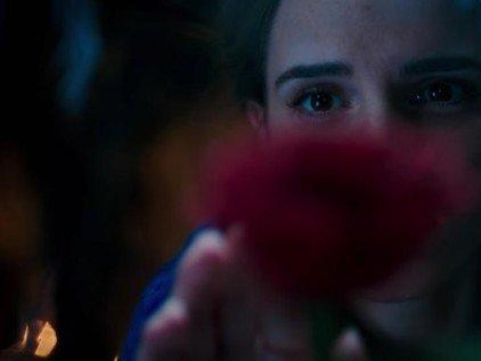 Captura del primer tráiler de 'La Bella y la Bestia'.
