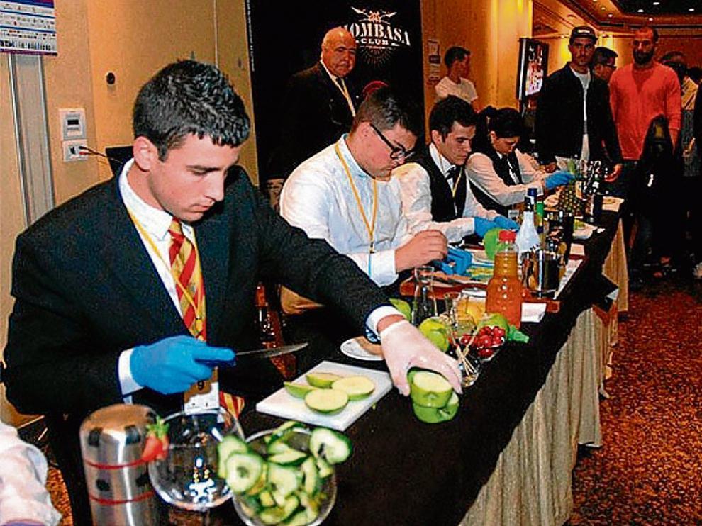 La pasada edición del Campeonato de bartenders, celebrado en el hotel Palafox.