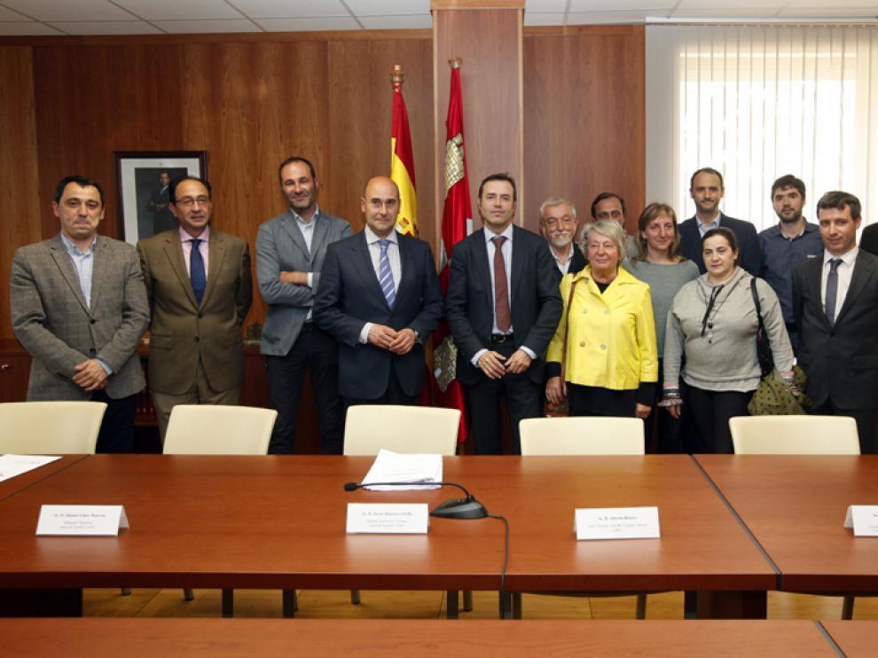 Reunión entre Junta, Ayuntamiento, Diputación y la delegación italiana sobre el hermanamiento de las trufas de Soria y Alba.