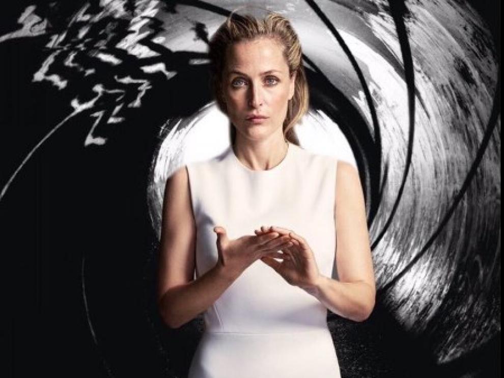 Gillian Anderson quiere ser la nueva agente 007.