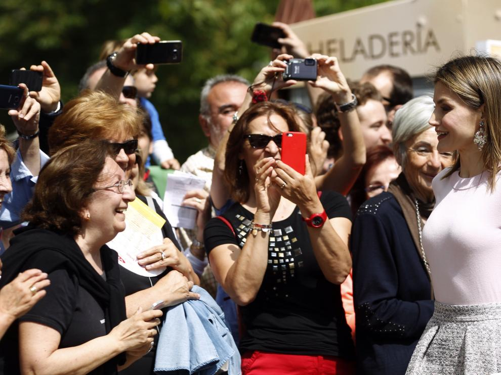 ?Doña Letizia, reina de los autógrafos en la Feria del Libro de Madrid
