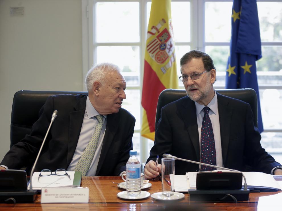 Mariano Rajoy junto al ministro de Exteriores, José Manuel García Margallo.