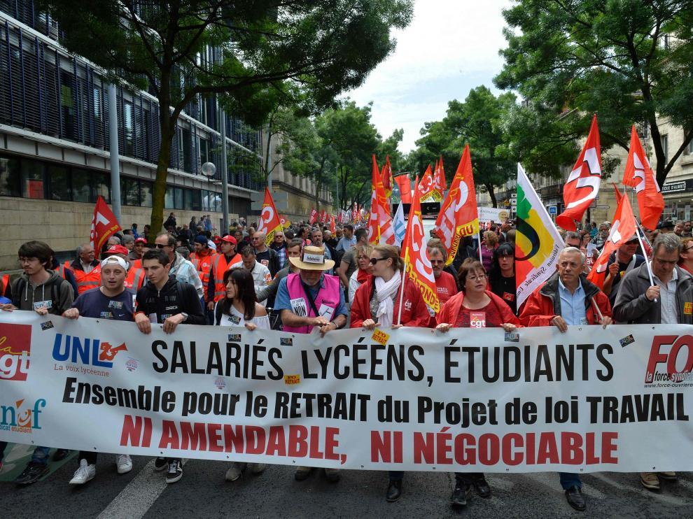 ?Francia encara otra dura semana de huelgas contra la reforma laboral