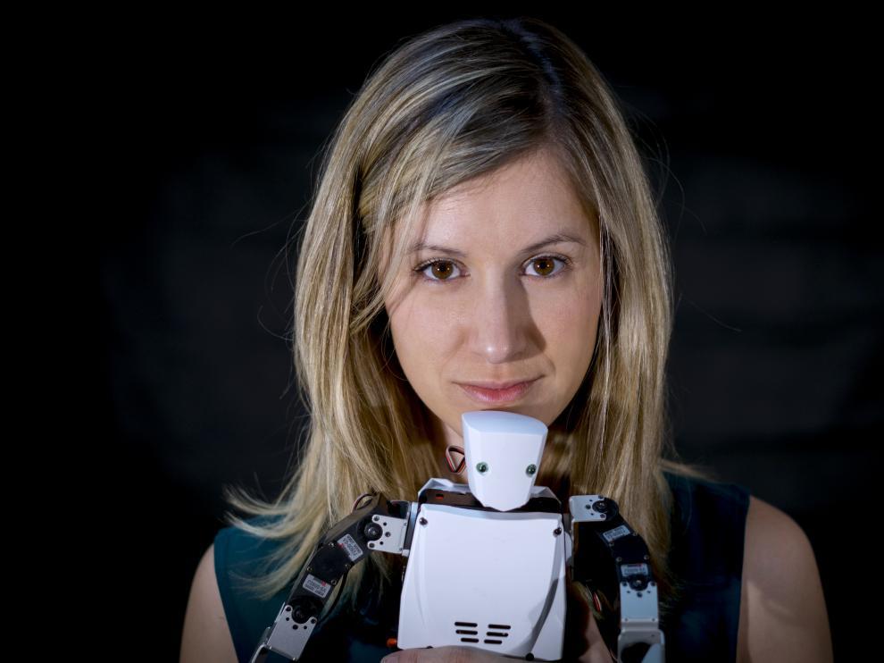 Esther Borao es la 'madre' del robot Moncho, que aparece en 'El hormiguero 3.0', de Antena 3.