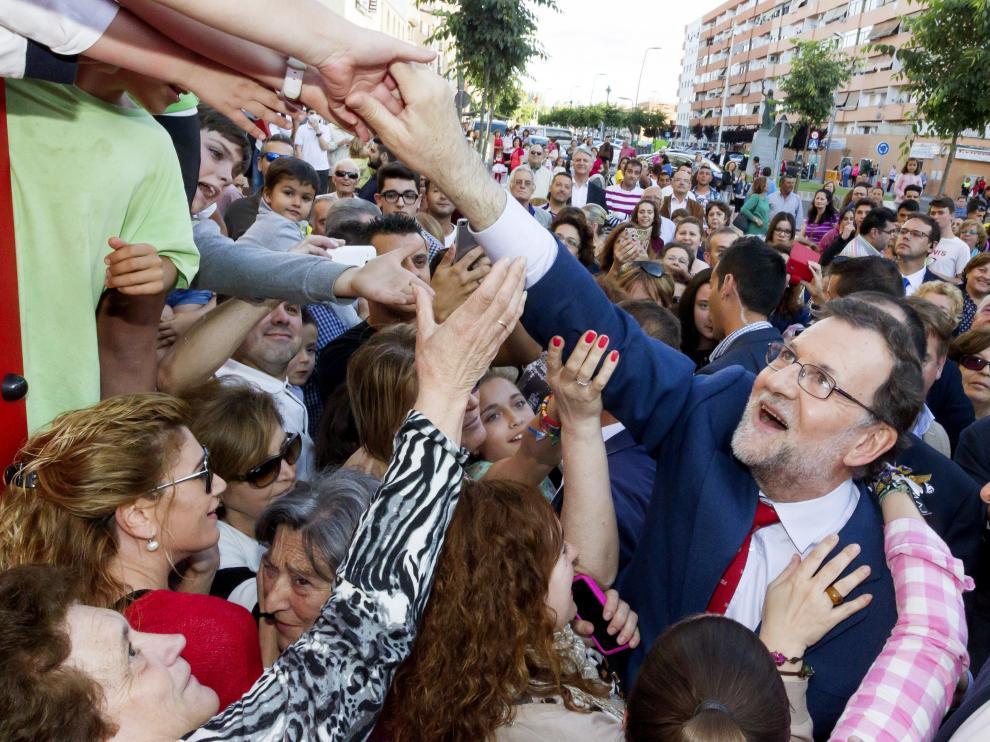 Mariano Rajoy durante su visita a Almendralejo, Badajoz.