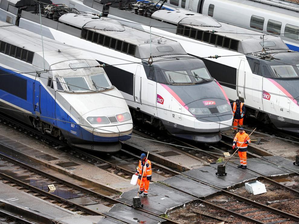 Trenes parados este martes en Francia.