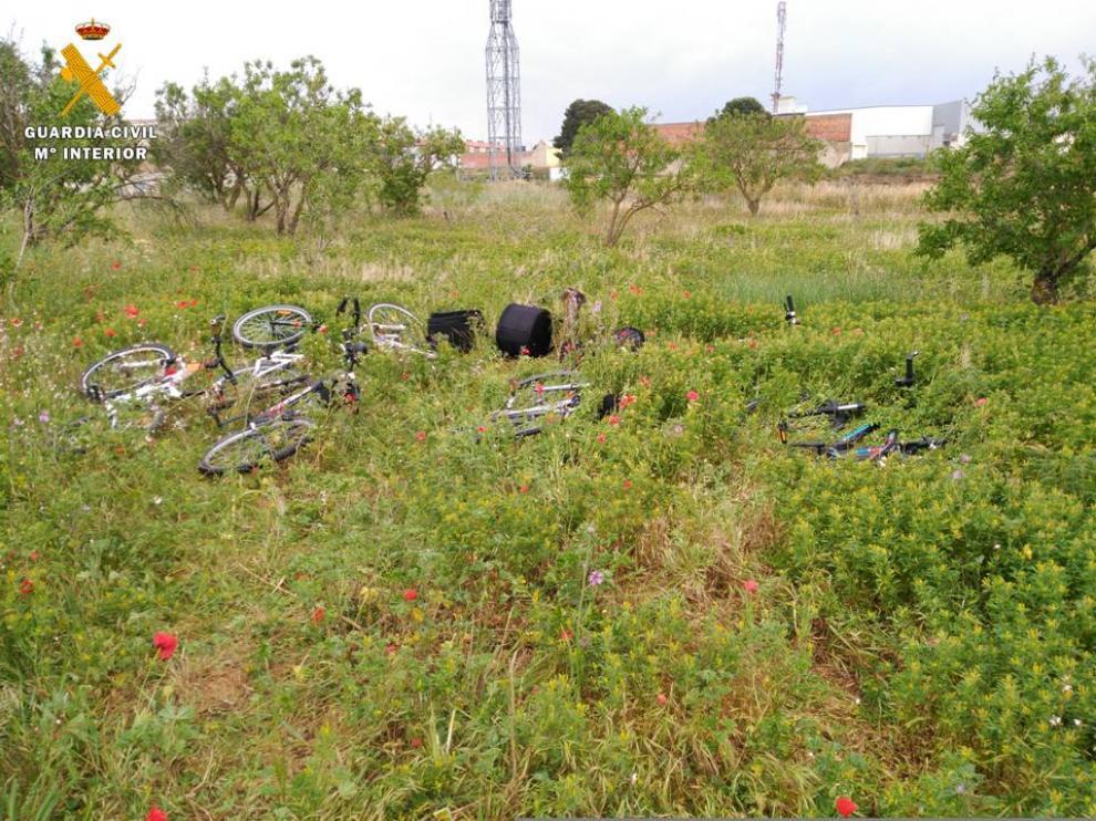 Terreno en el que fueron encontradas varias de las bicicletas robadas.