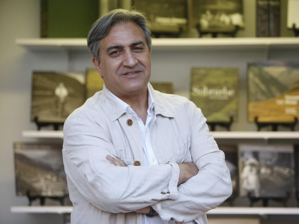 José Luis Corral, en la reciente Feria del Libro de Huesca.