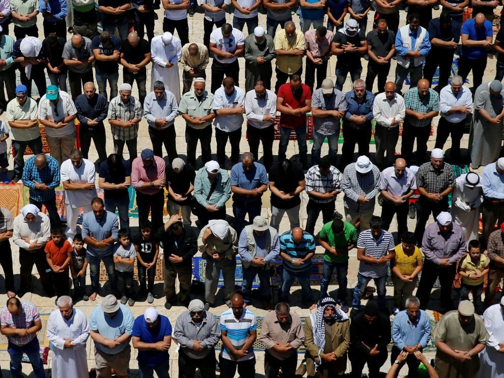 Musulmanes durante la celebración del Ramadán.