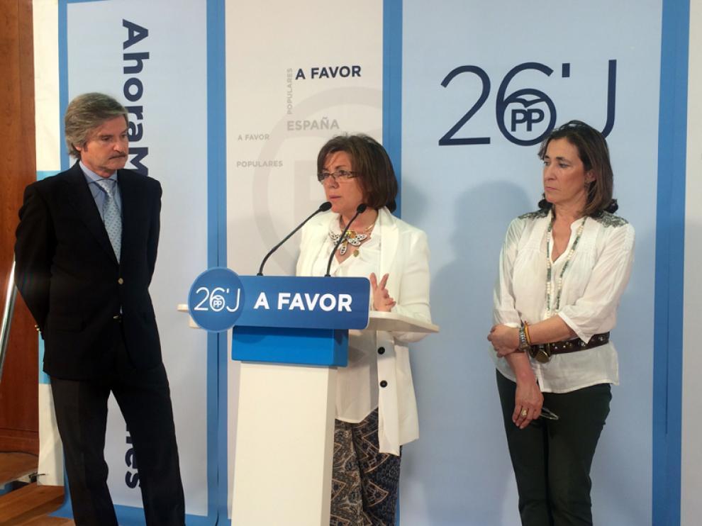 Angulo ha participado en la sede del PP de Burgos en un acto de campaña.