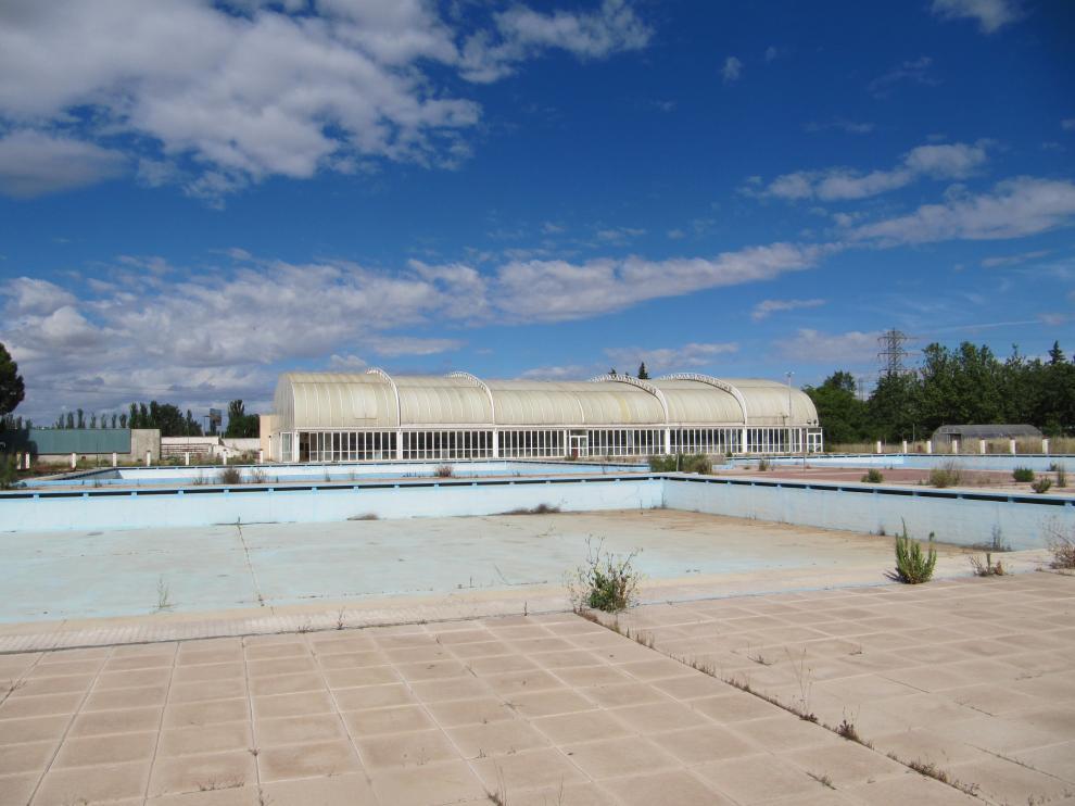 Abandono y vandalismo en el Parque Deportivo Ebro