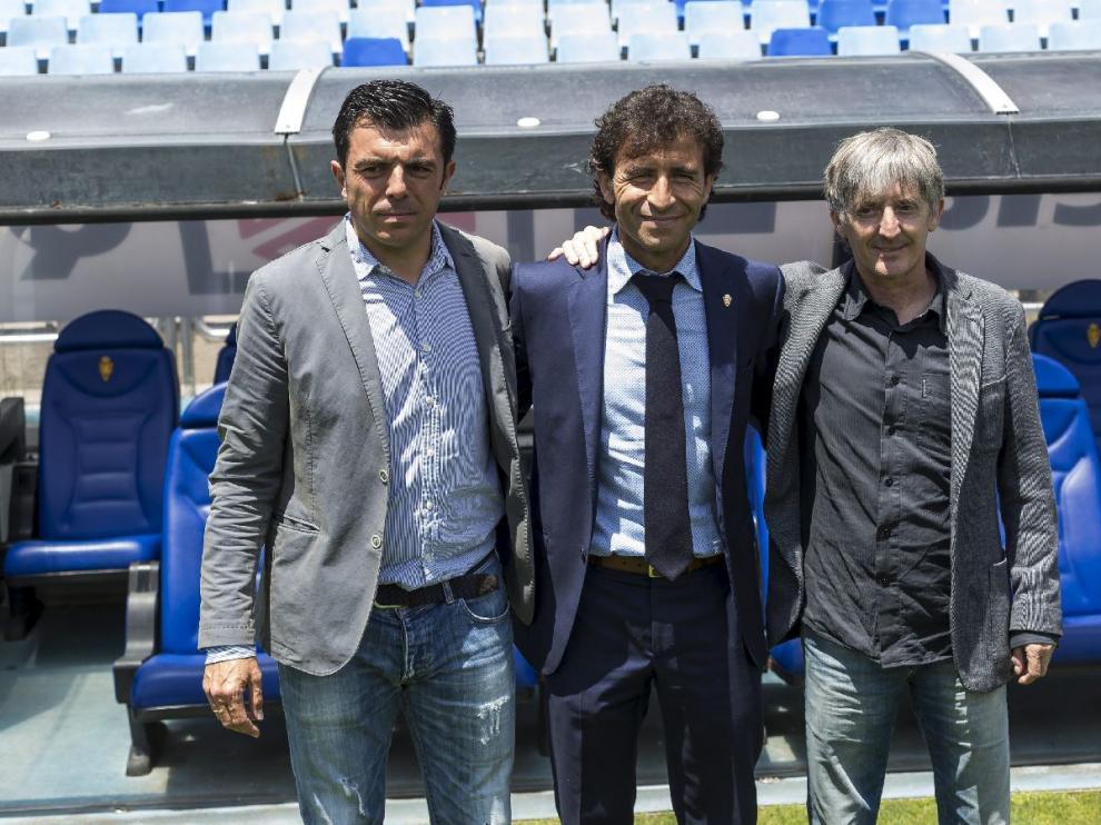 Luis Cembranos, Luis Milla y Miguel Gandía, el trío que compone en nuevo cuadro técnico del Real Zaragoza.