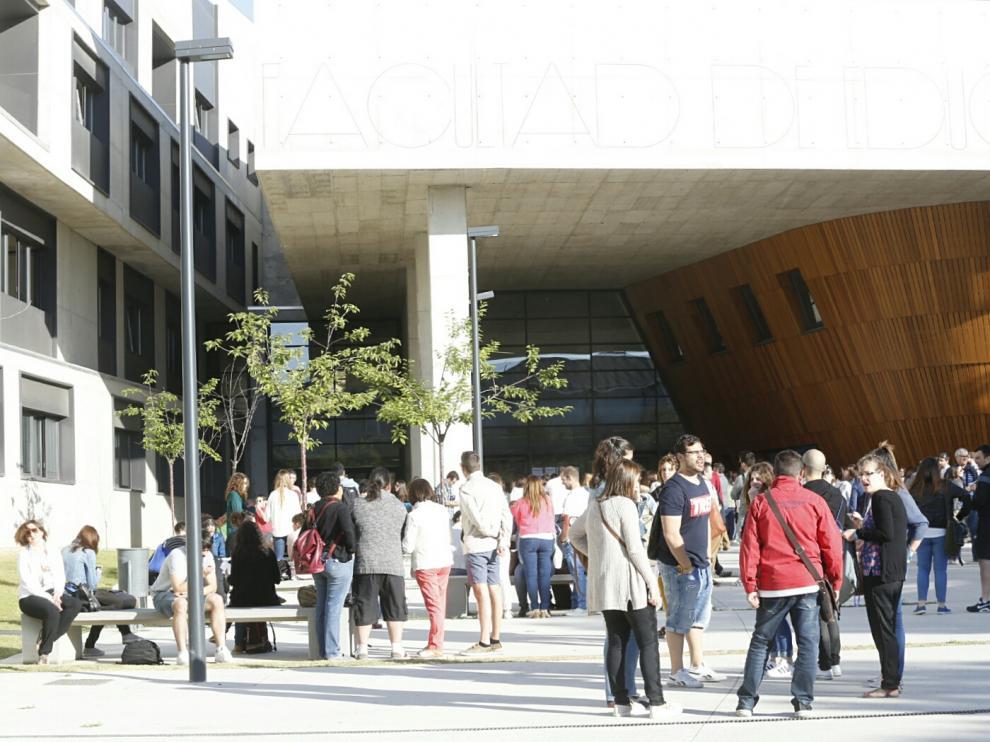 Oposiciones a maestro en Zaragoza