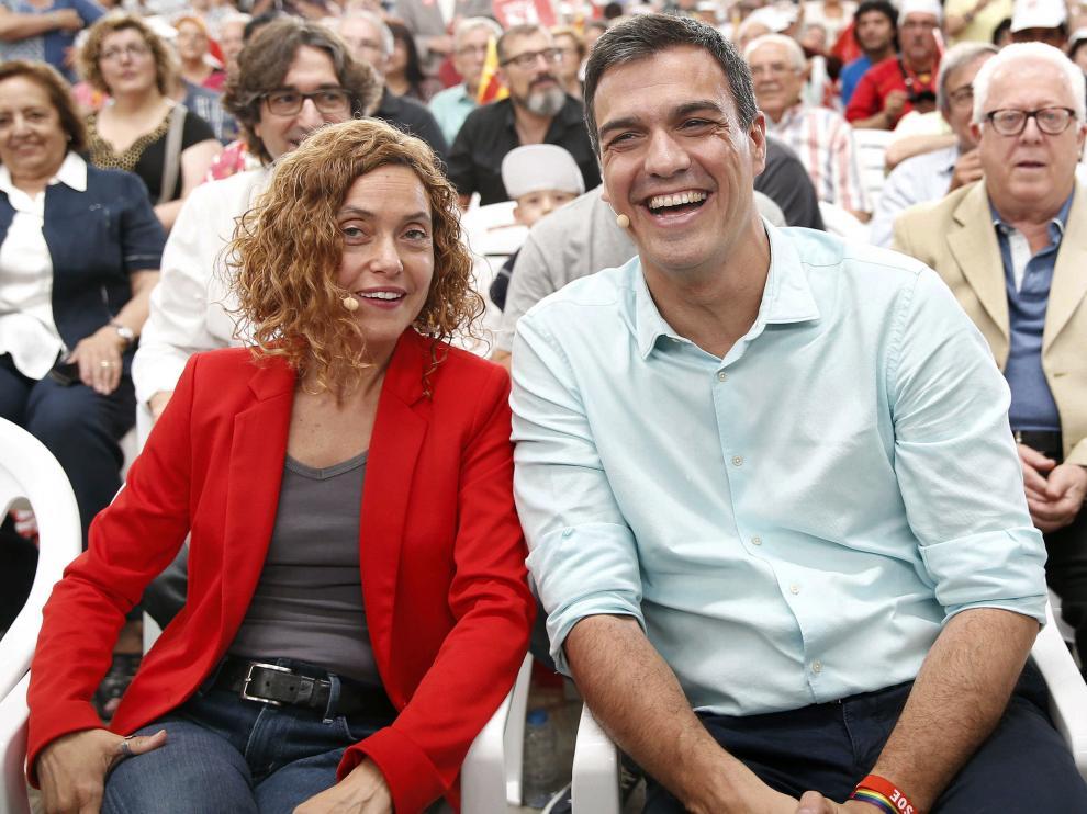 Meritxell Batet y Pedro Sánchez este sábado en Hospitalet de Llobregat