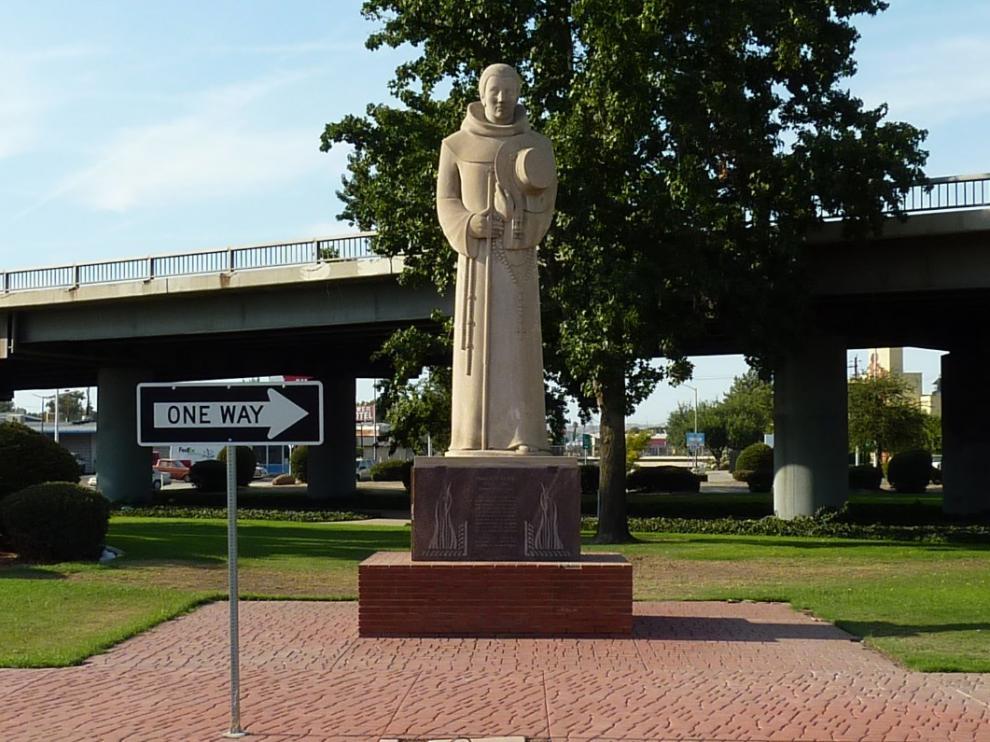 Una estatua recuerda al explorador aragonés en Bakersfield (California)