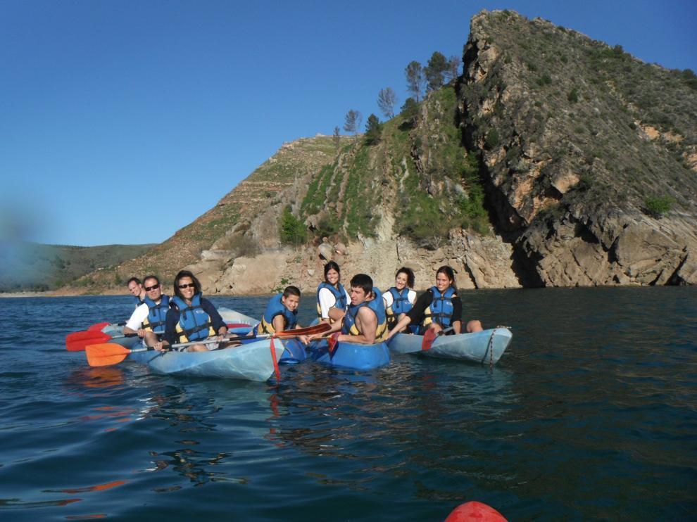 El manejo de la piragua es una de las actividades que se practican en el entorno del río Jalón.