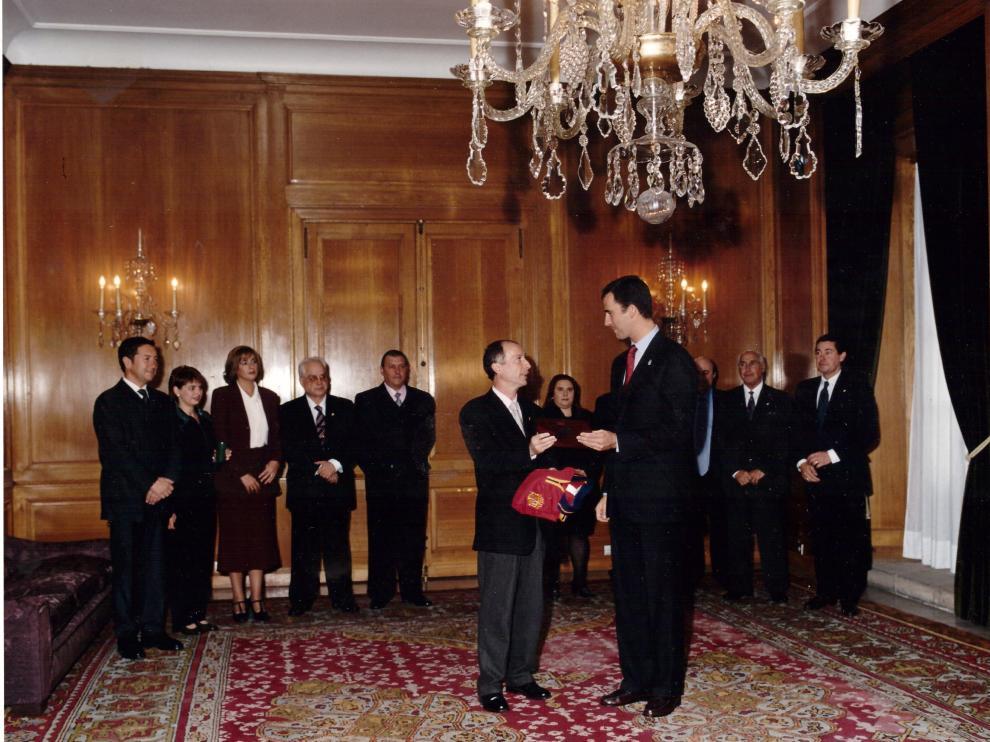 La Afepe ha estado presente en actos muy importantes. En esta imagen con el rey Felipe VI.