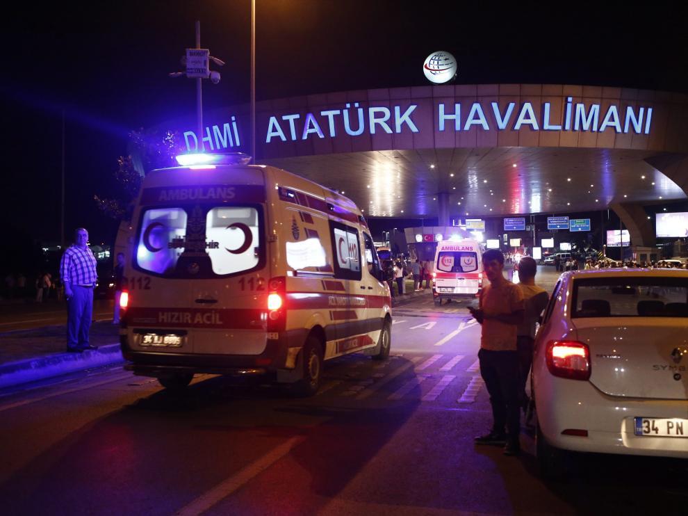 El aeropuerto de Estambul, este martes.
