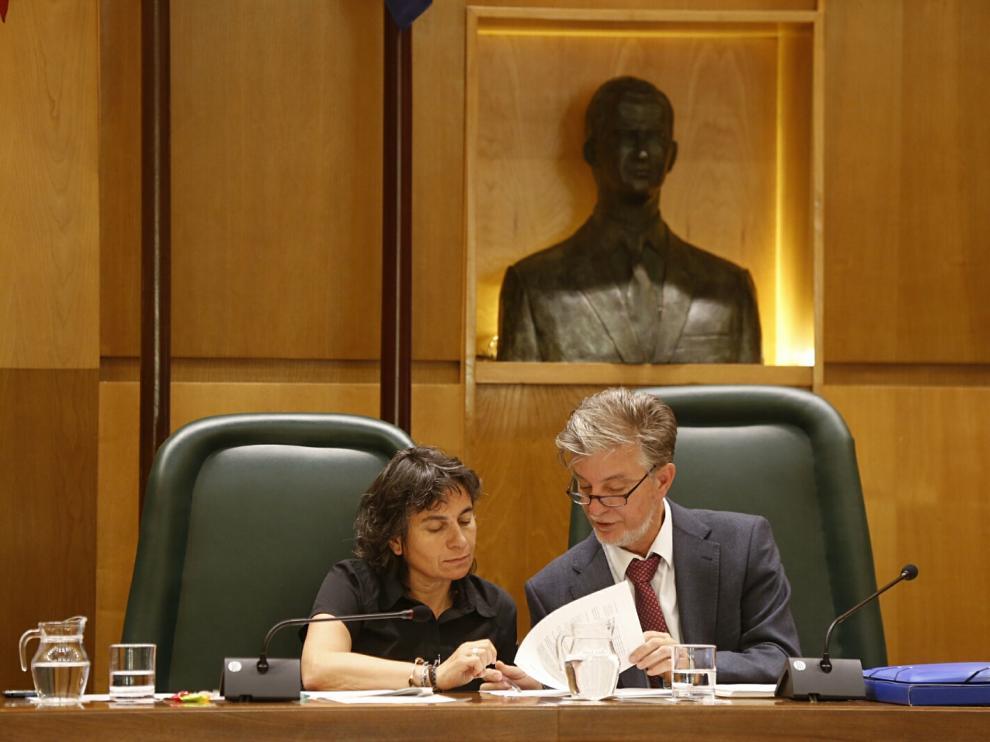 Foto de archivo de un pleno en el Ayuntamiento de Zaragoza.