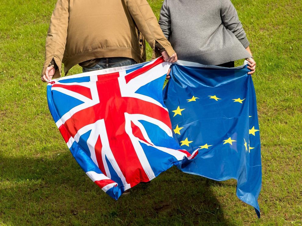 La UE busca calma y afianzar su supervivencia una semana después del 'brexit'