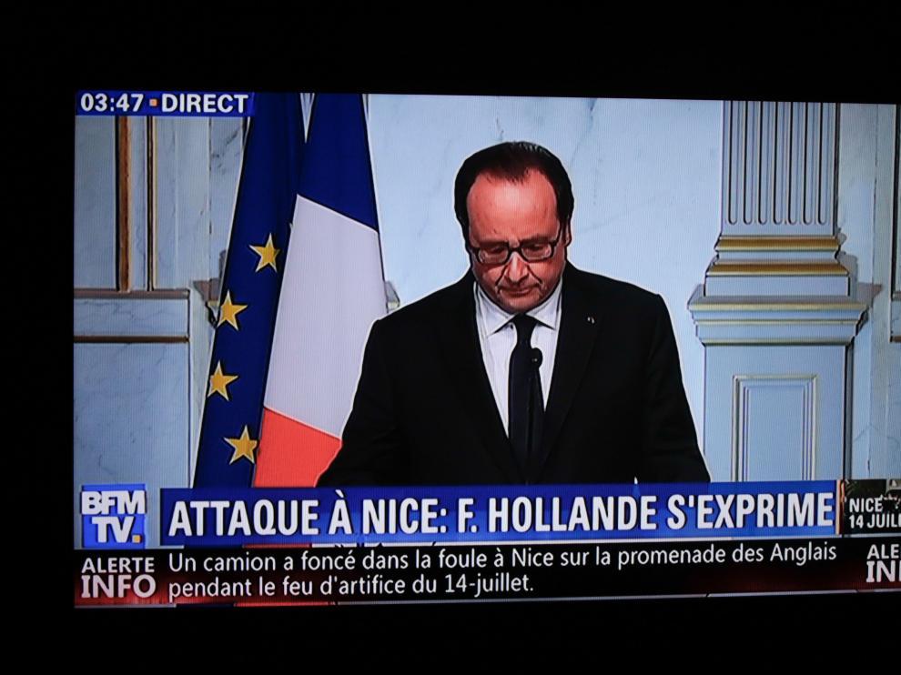 Mensaje televisado de Hollande a la nación.