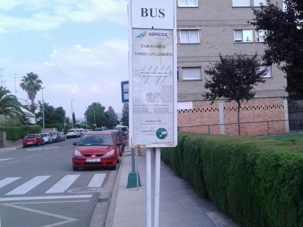 Parada del autobús en Torres de San Lamberto