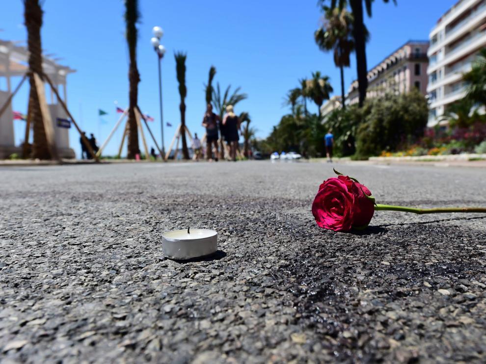Dolor en Niza dos días después del atentado