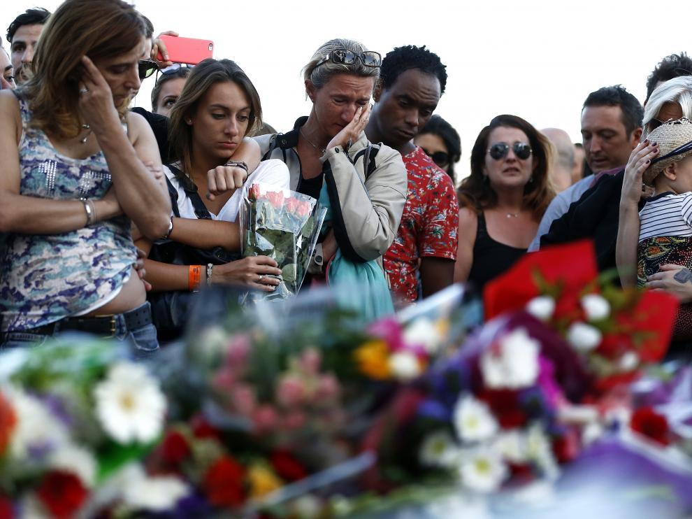 Homenaje a las víctimas del atentado en Niza.