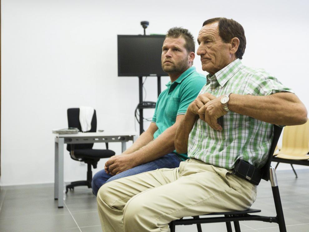 Aurelio y Pedro Antonio Sahún, durante el juicio celebrado en la Audiencia Provincial.
