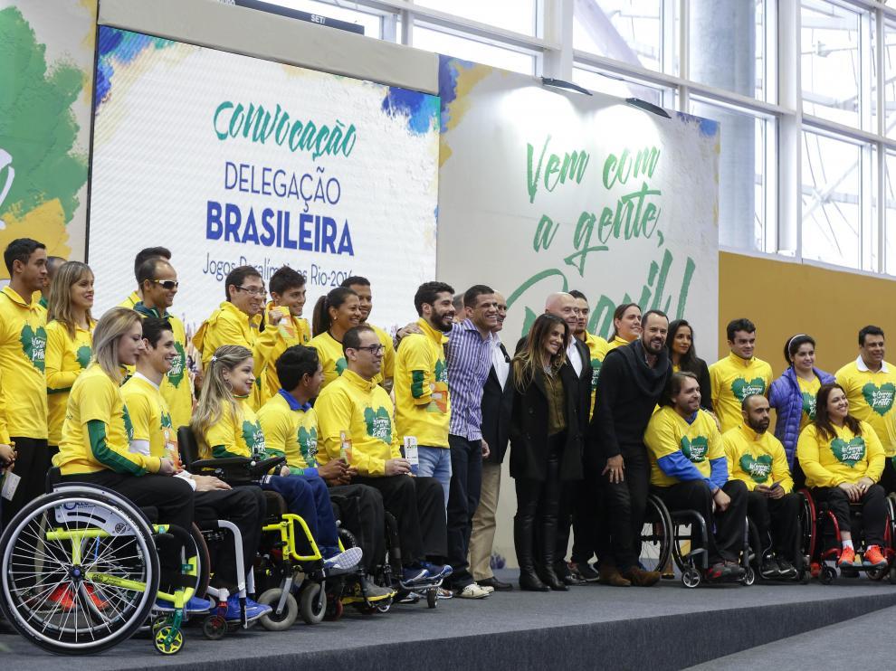 Parte de la delegación paralímpica brasileña.