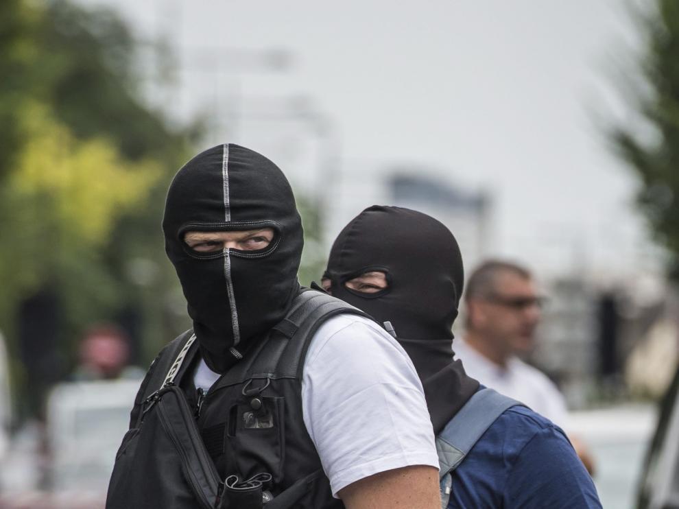 LA POLICÍA LANZA UNA OPERACIÓN ANTITERRORISTA EN ARGENTEUIL, CERCA DE PARÍS