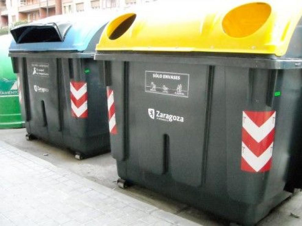 Contenedor de reciclaje.