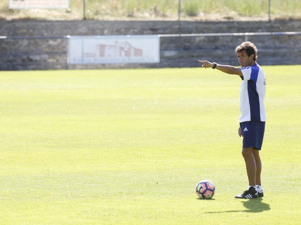 Milla, en un entrenamiento del Real Zaragoza en Boltaña.