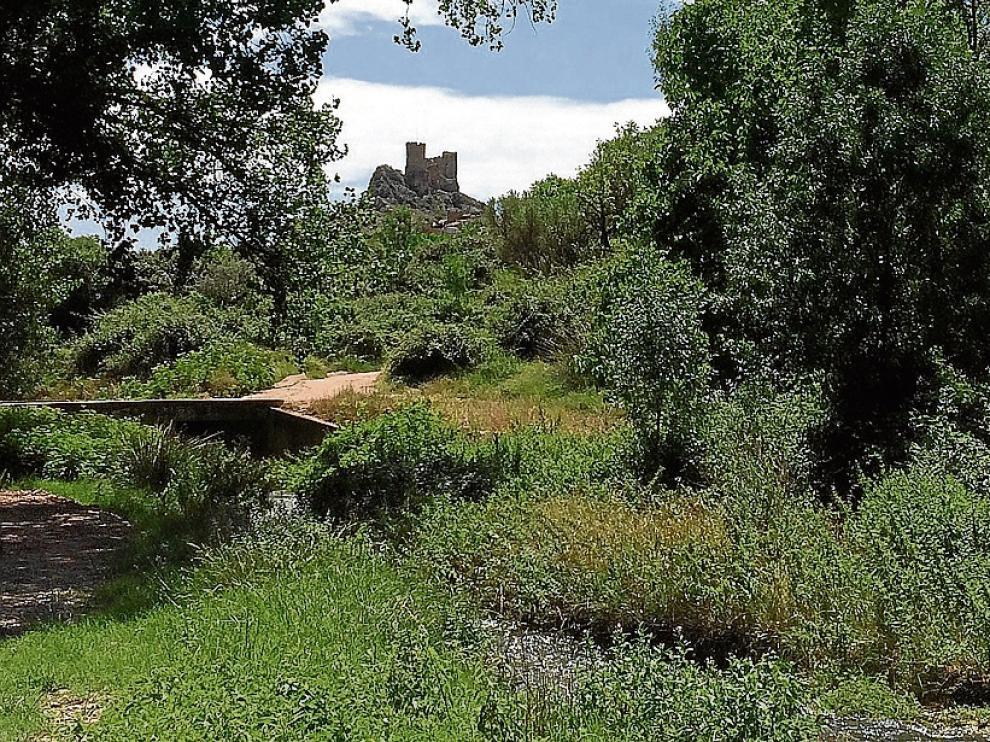 La Juntura, donde se unen el Isuela y el Aranda, el castilla de Arándiga, visto desde la fuente de La Anilla.