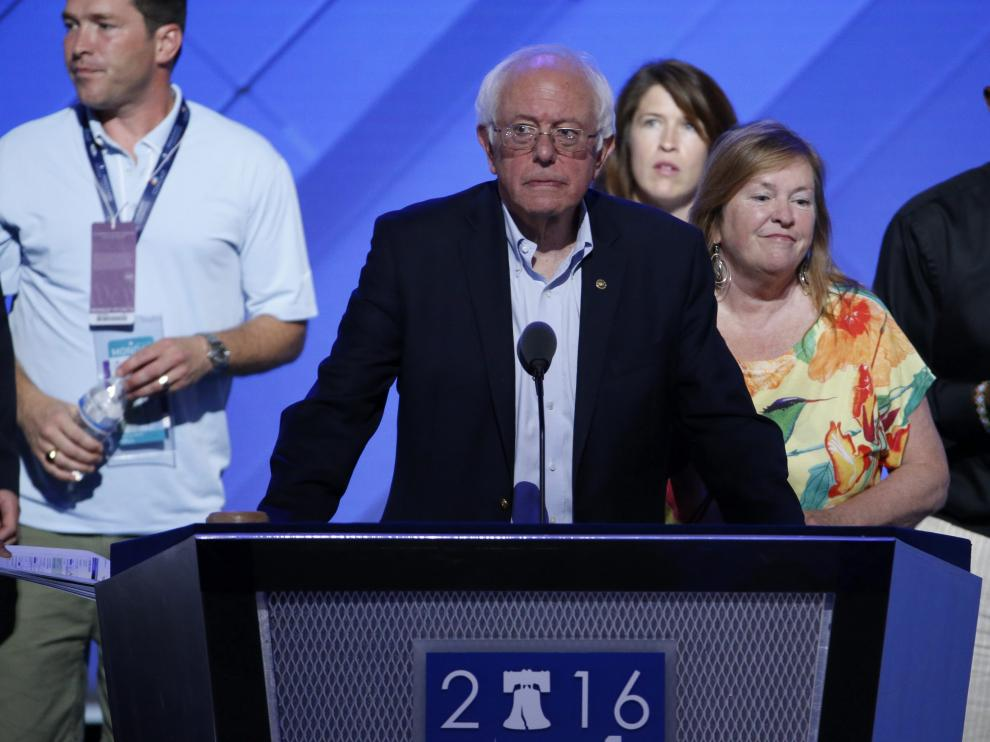 Bernie Sanders durante la apertura de la Convención Demócrata.