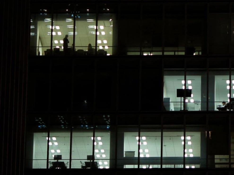 121.308 aragoneses no acudieron a su puesto de trabajo al menos una vez en 2015