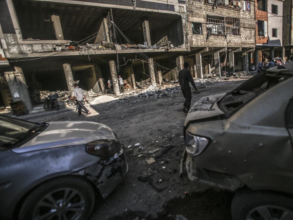 Ataque aéreo contra la ciudad controlada por los rebeldes de Douma en Siria