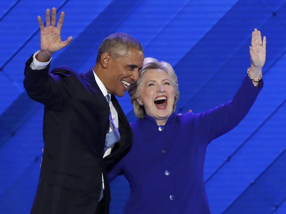 Barack Obama junto a Hillary Clinton en la Convención Demócrata.
