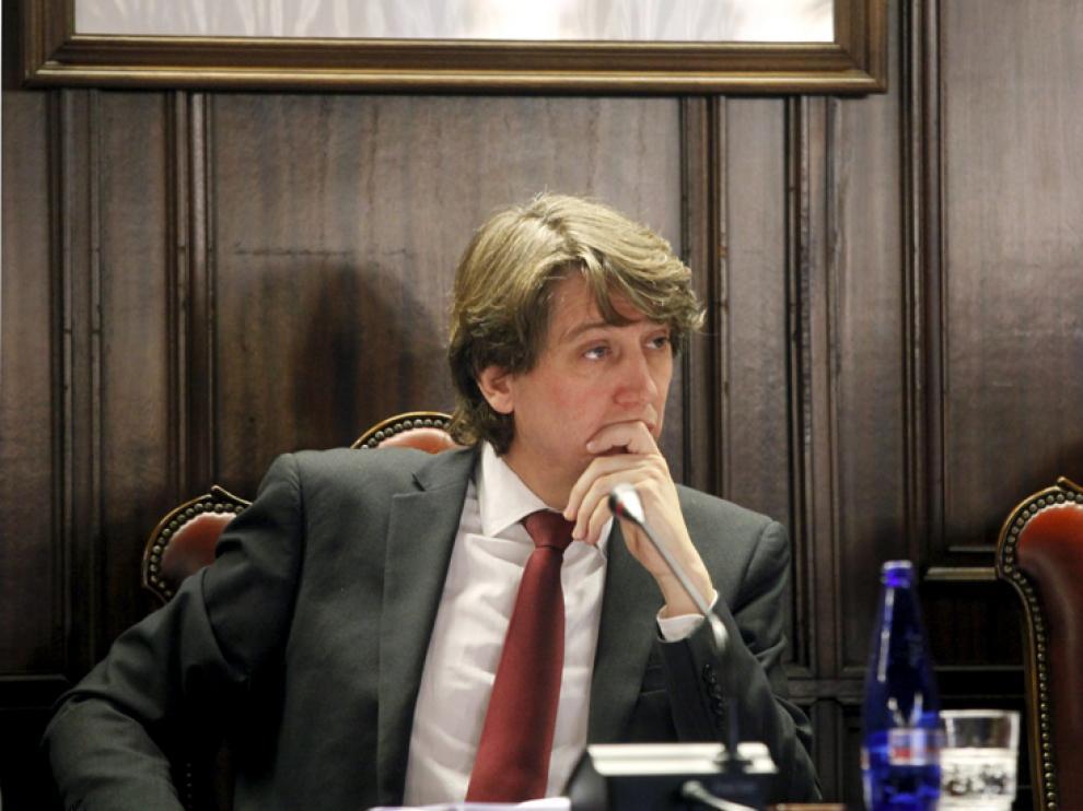 El alcalde de Soria, Carlos Martínez, en un pleno municipal.