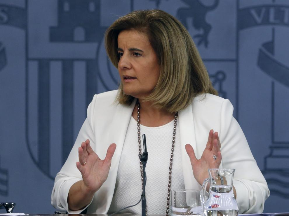 Fátima Báñez en rueda de prensa tras el Consejo de Ministros.
