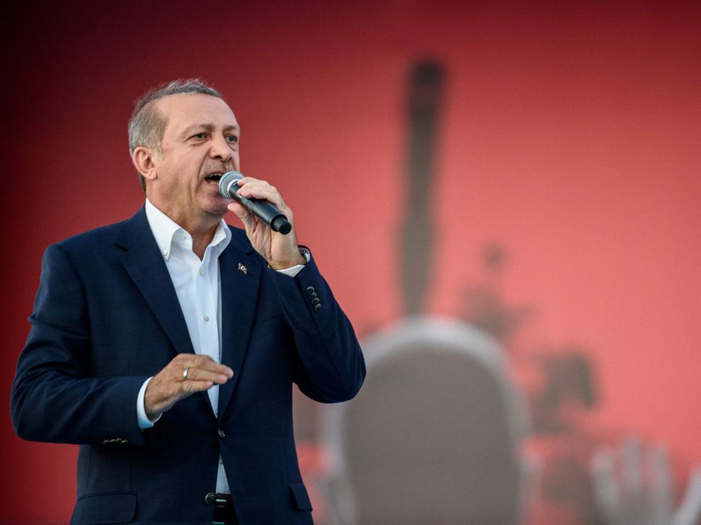 Erdogan en el mitin antigolpe.