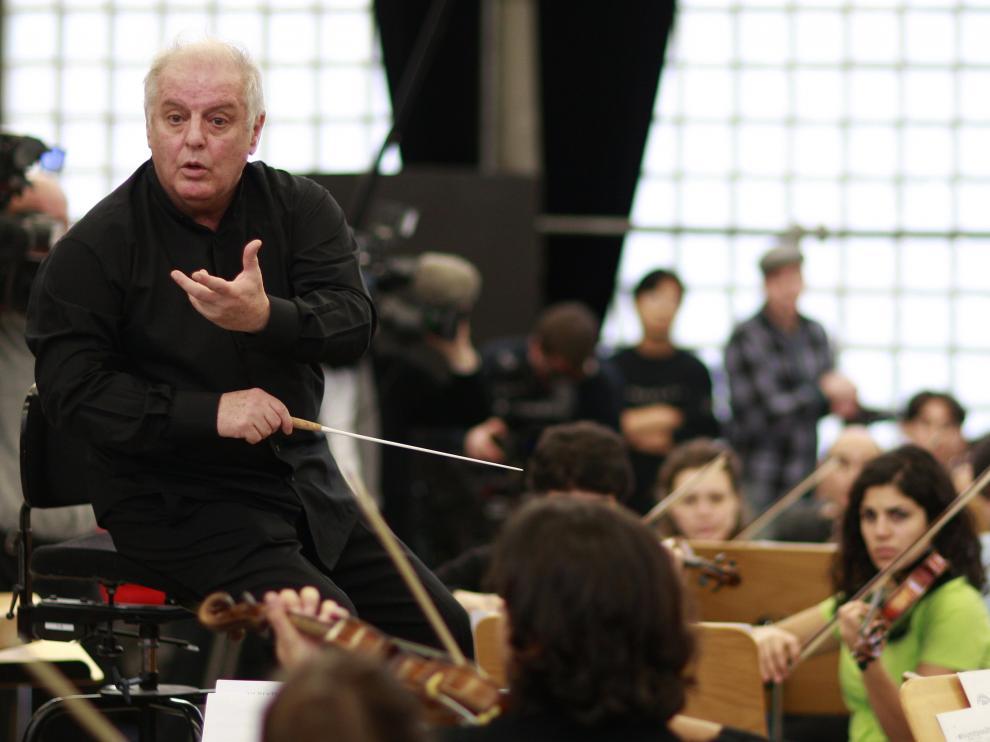 El pianista y director de orquesta argentino-israelí Daniel Barenboim