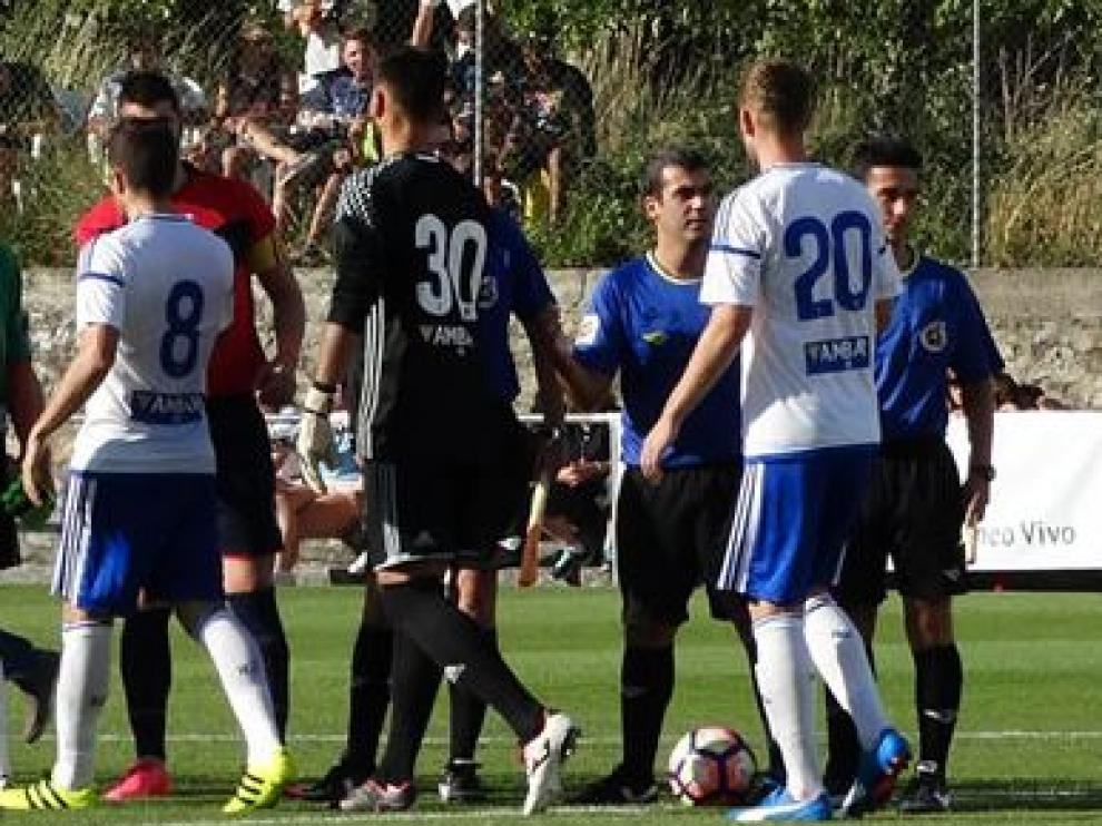 Ratón, con el 30 a la espalda durante un partido de esta pretemporada, va a jugar con el primer equipo con ese dorsal, que corresponde a un futbolista del filial.