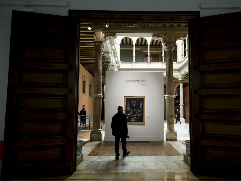 La suspensión temporal de la muestra ha obligado al palacio de Sástago, de la DPZ, a buscar un recambio urgente.