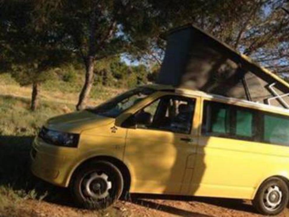 La Combi Volkswagen amarilla de Fanny y Loic