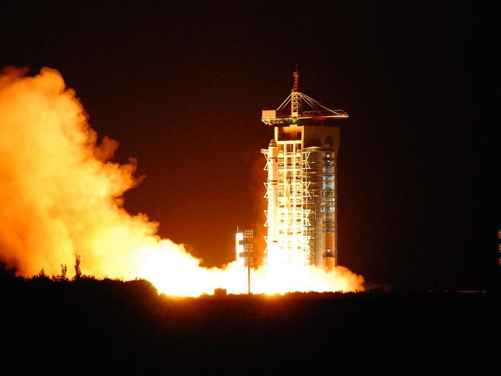 Lanzamiento del satélite desde el Centro de Lanzamiento de Jiuquan, en el desierto de Gobi.