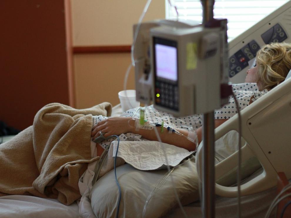 En un hospital el sueño nocturo se suele interrumpir entre 3 y 6 veces.