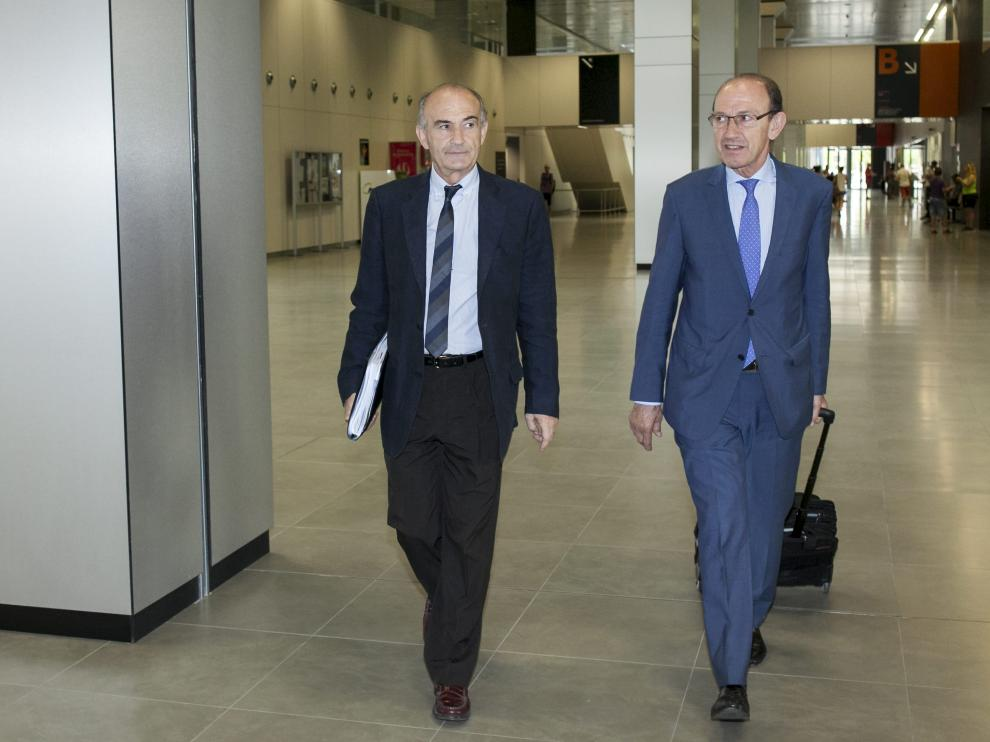 La juez tomó declaración en julio a seis investigados. El director gerente de Ecociudad, Miguel Ángel Portero acudió el pasado 21 de julio a los juzgados para declarar junto a otras cinco personas en calidad de investigados.