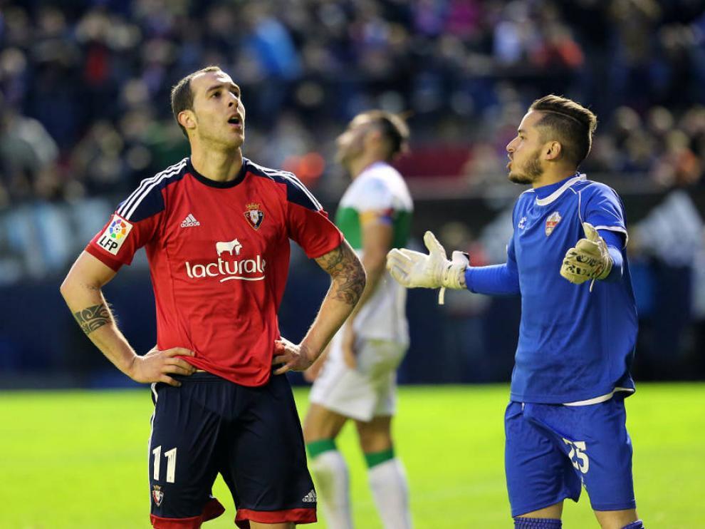 Urko Vera con el Osasuna junto a Javi Jiménez, ahora portero del Huesca.
